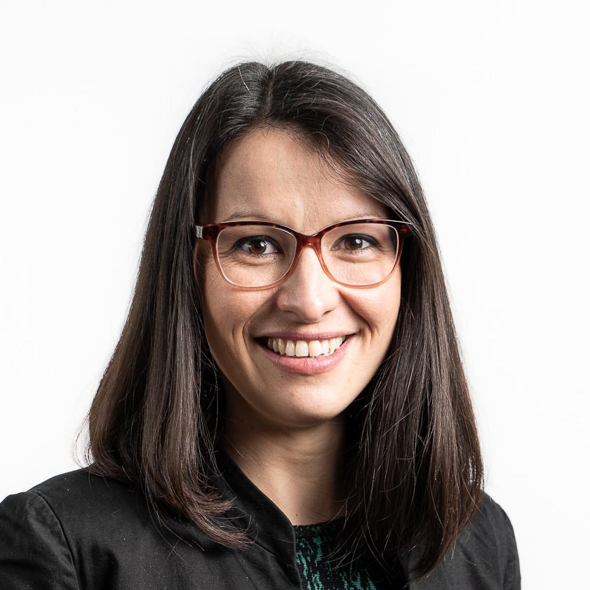Anne AUXENFANS - Chargée de Relations aux Entreprises